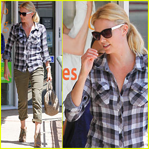 Charlize Theron Parks It Sushi Style