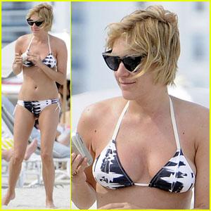 Chloe Sevigny: Beach Babe!