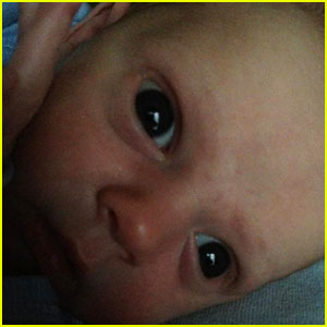 Hilary Duff Tweets Another Pic of Baby Luca