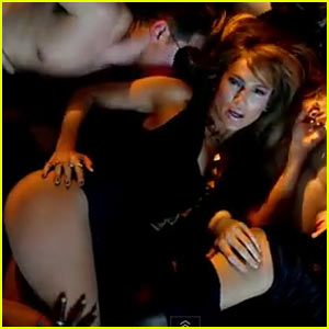 Jennifer Lopez Gets Hot And Heavy In This New Music Video For Her Song Dance Again