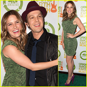 Sophia Bush: Origins Rocks Earth Month Concert!