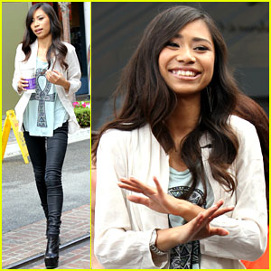 American Idol's Jessica Sanchez Glad Phillip Phillips Won
