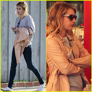 Emma Roberts: Shoeless in Malibu