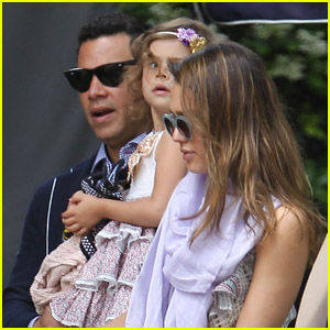 Jessica Alba: 'Happy Mother's Day!'