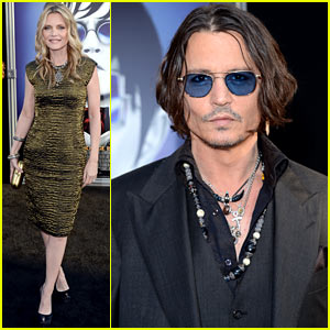 Johnny Depp & Michelle Pfeiffer: 'Dark Shadows' Premiere!
