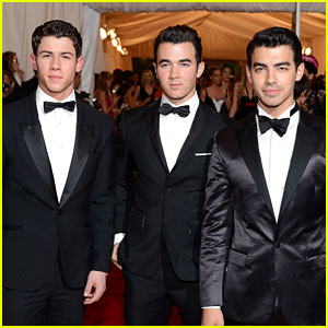 Jonas Brothers - Met Ball 2012