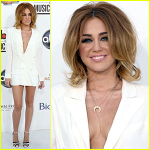 Miley Cyrus - Billboard Awards 2012