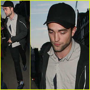 Robert Pattinson: 26th Birthday Celebration!