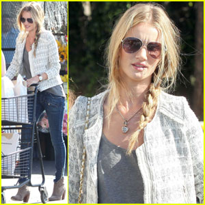 Rosie Huntington-Whiteley Auditions for 'Mad Max'?