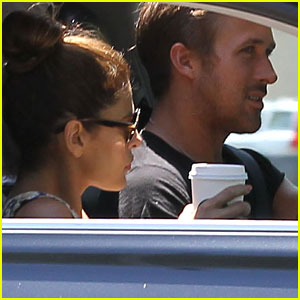 Ryan Gosling & Eva Mendes: Starbucks Couple