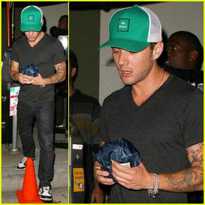 Ryan Phillippe: Green Cap at Craig's