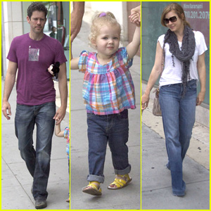 Amy Adams: Nate 'N Al's Lunch with the Family!