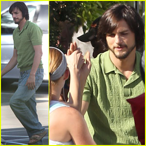 Ashton Kutcher: 'jObs' High Fives!