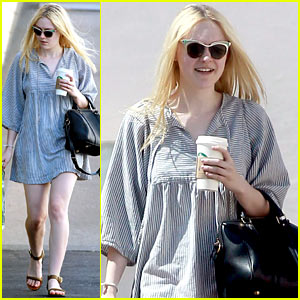 Dakota Fanning: Barnes & Noble Stop!