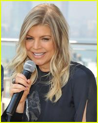 Fergie: Bikini-Clad in Mexico!
