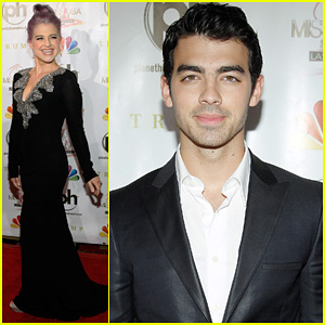 Kelly Osbourne & Joe Jonas: Miss USA 2012 Pageant!