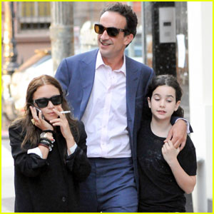 Mary-Kate Olsen & Olivier Sarkozy: Dinner with His Daughter!