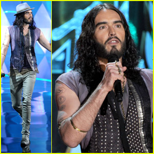 Russell Brand Cracks Ex Katy Perry Joke at MTV Movie Awards 2012