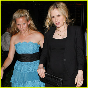 Anna Paquin: Baby Bump at 'True Blood' Wrap Party!