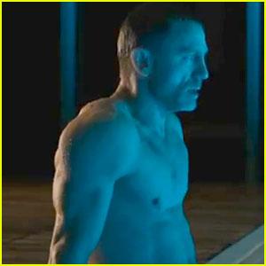 Daniel Craig: 'Skyfall' International Trailer Released!