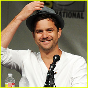 Joshua Jackson: 'Fringe' Panel at Comic-Con 2012!