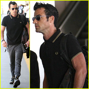 Justin Theroux: Buff Biceps at LAX!