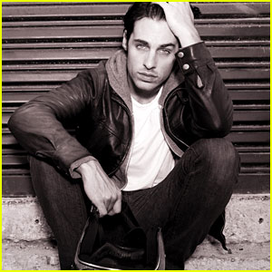 Justin Wilczynski Photo Shoot - JustJared.com Exclusive!