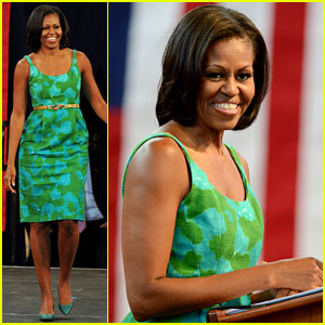 Michelle Obama Rallies for Obama Campaign in Florida!