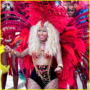 Nicki Minaj: 'Pound The Alarm' Video Shoot!