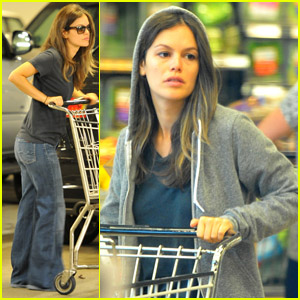 Rachel Bilson: Whole Foods Grocery Stop!