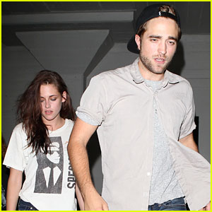 Kristen Stewart & Robert Pattinson: Hotel Cafe Couple!