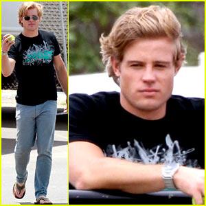 Trevor Donovan: '90210' Set Break with Tito!