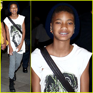 Jaden Smith Raps About Willow Smith's Success in 'Gonzoes'