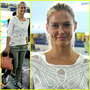 Bar Refaeli: Olympics Swimming Finals!