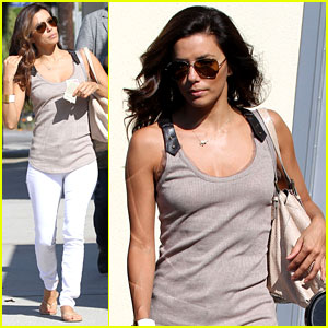 Eva Longoria: Salon Stop in Studio City