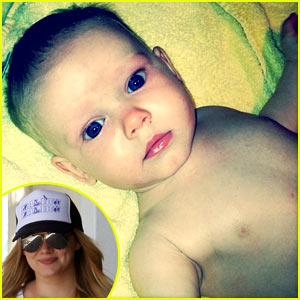 Hilary Duff Tweets New Luca Pic!
