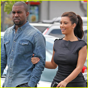 Kim Kardashian & Kanye West: Frozen Yogurt Couple!