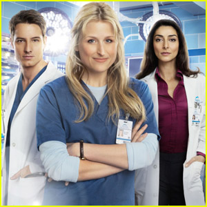 Mamie Gummer is 'Emily Owens, M.D.'
