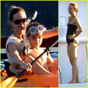 Vanessa Paradis: Canoeing with Jack!