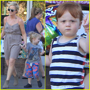 Amy Poehler: Bristol Farms with Abel & Archie!