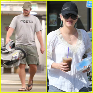 Anna Faris & Chris Pratt Bring Baby Jack Home From the Hospital!
