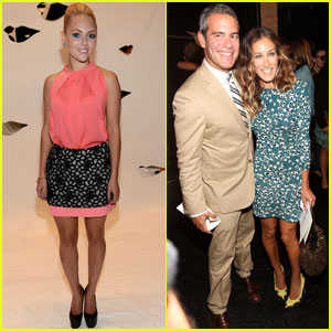 Sarah Jessica Parker: DVF Fashion Show with Andy Cohen!