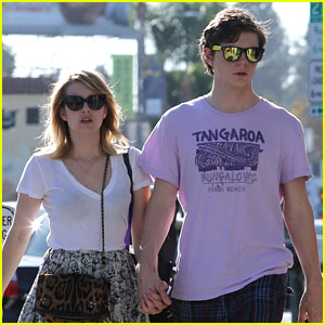Emma Roberts & Evan Peters: Holding Hands on Melrose!