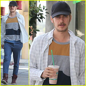 Hayden Christensen: Juice Run in West Hollywood!