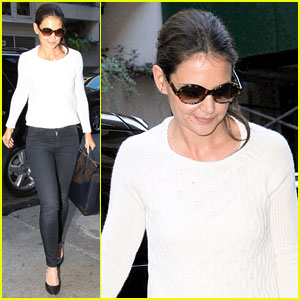 Katie Holmes Lunches After 'Holmes & Yang' Show