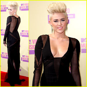 Miley Cyrus - MTV VMAs 2012 Red Carpet, miley cyrus haircut, blonde, short hairstyles