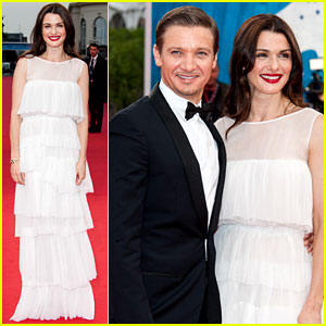 Rachel Weisz: 'Bourne Legacy' France Premiere with Jeremy Renner!