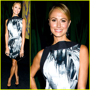 Stacy Keibler: Vera Wang Fashion Show!