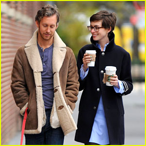 Anne Hathaway & Adam Shulman: Coffee & Dog Walk!