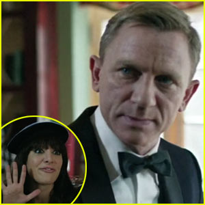 Daniel Craig's Bond Girls 'SNL' Sketch - Watch Now!